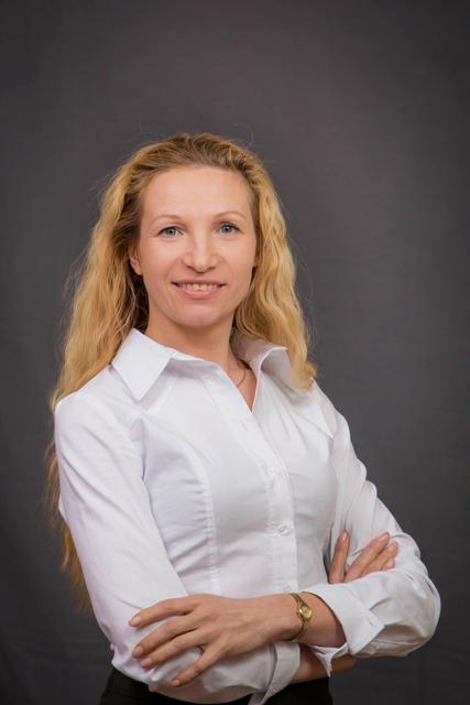 Яхненко Олена Миколаївна